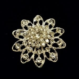 Shiny Vintage Style Floral Brooch